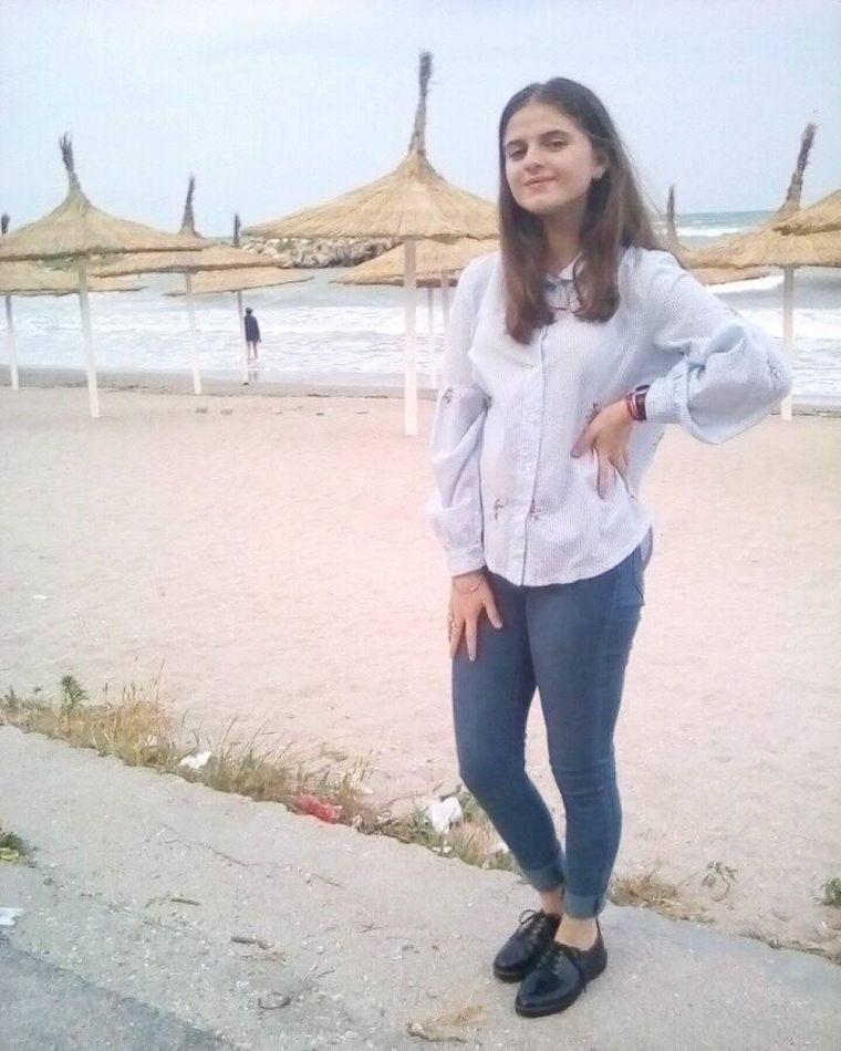 """Alexandra Măceşanu trăiește! Patroana unui bar din Italia: """"A intrat de două ori la mine şi a spus : """"Te rog frumos, ajută-mă, ajută-mă!"""