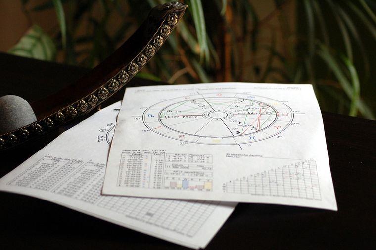 Horoscop 11 - 17 noiembrie 2019. Trei zodii au parte de evenimente de neuitat