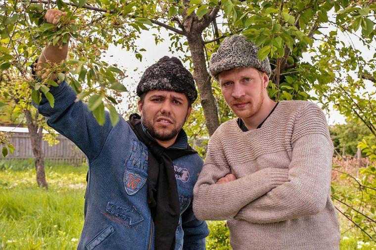 """Surprinzator! Afla ce profesii au umoristii din """"Moldovenii""""!"""