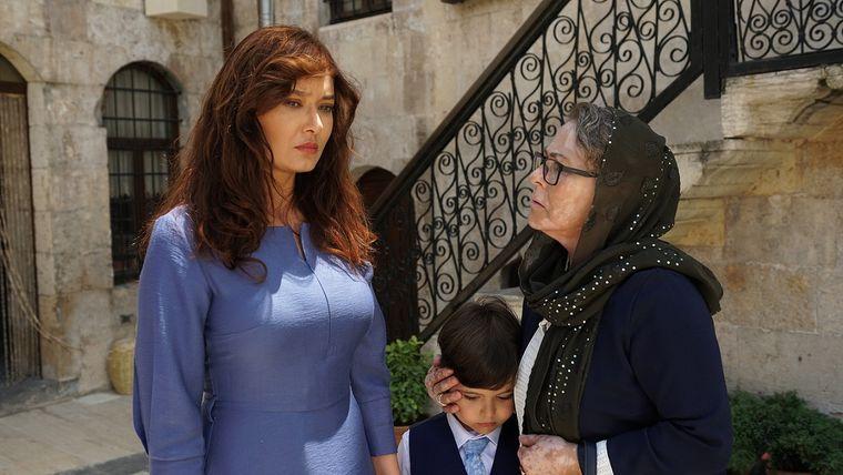 """Dragoste absolută - """"Gülperi"""" – povestea unei mame care luptă să îşi ţină copiii lângă ea,  din 27 noiembrie, ora 20:00, la Kanal D"""