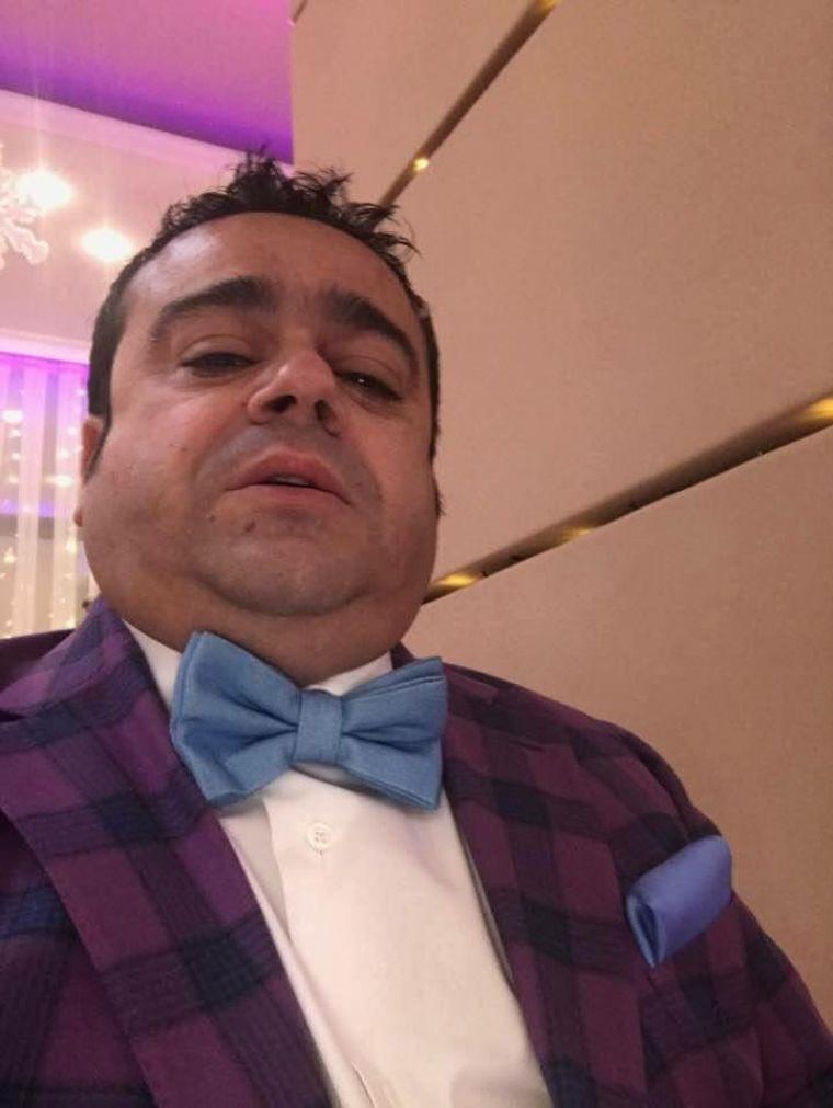 Adrian Minune şi-a cumpărat un bolid de lux, în pragul Sărbătorilor! Maşina a costat mai bine de 300.000 de euro!
