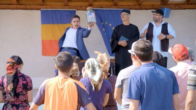 """Aventurile lui Ghita Spagoveanu continua in """"Moldovenii"""". Primarul aduce aer din America, in Gaurenii de Jos!"""