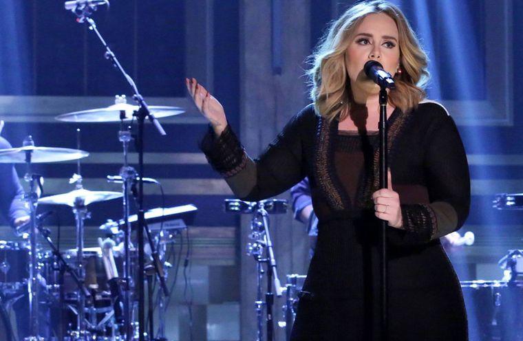 Transformarea incredibilă a lui Adele, după ce a slăbit mai bine de 20 de kilograme