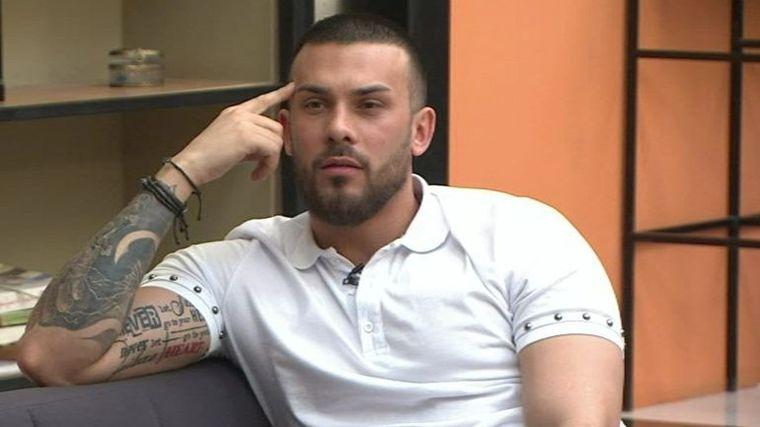 Alex Bobicioiu se întoarce la Puterea Dragostei pentru Ella, însă a petrecut de Revelion în brațele altei concurente