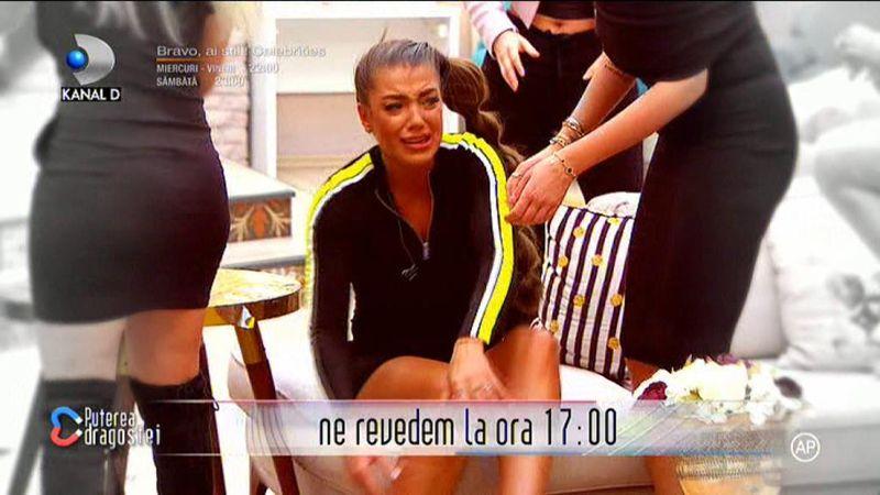 Roxana de la <a target=
