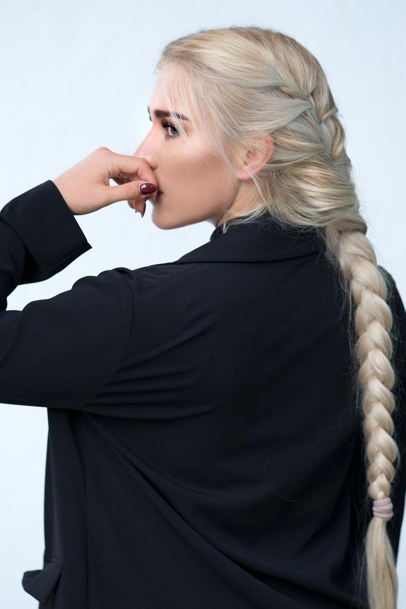 Cum poți evita albirea prematură a părului