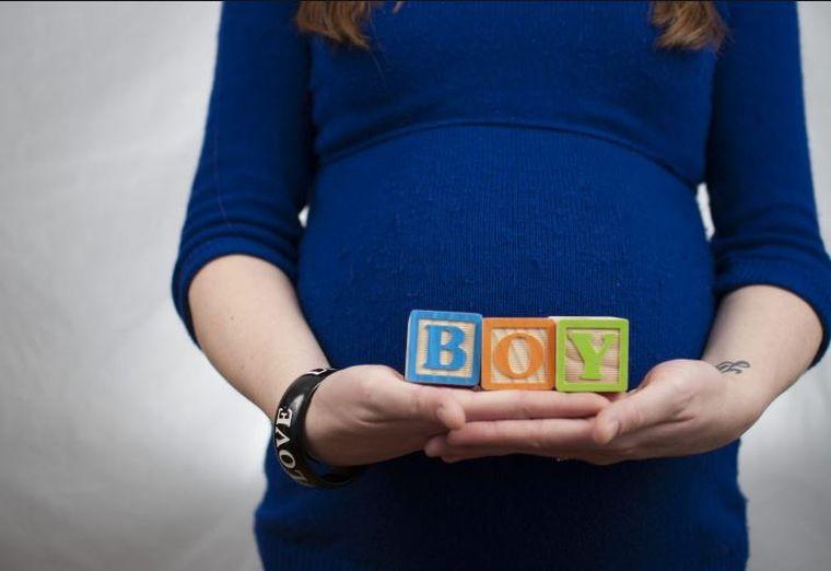 Ce alimente NU trebuie să consume gravidele? Sfaturile unui medic renumit!