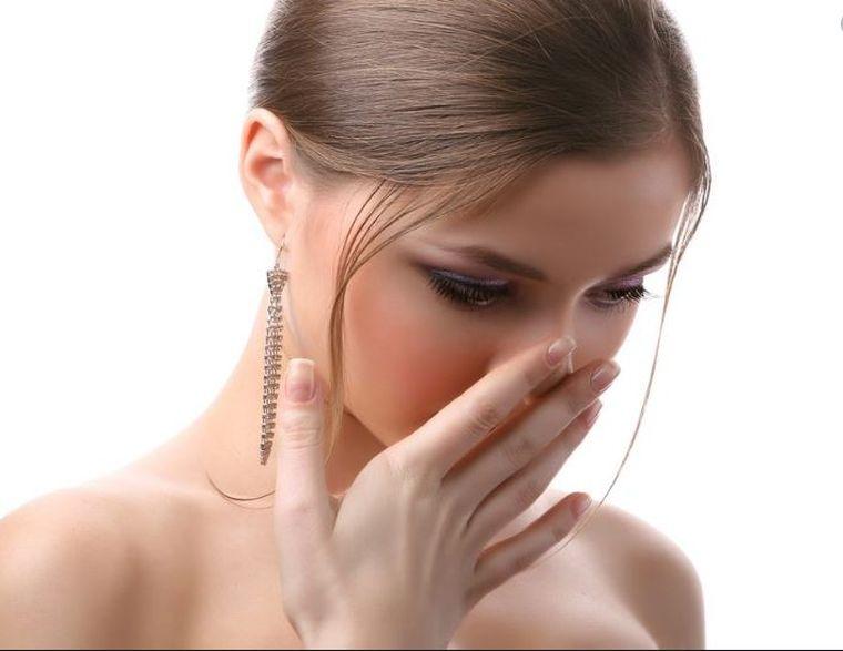 Ce boli poți avea dacă ți se umflă gingiile? Medicul ne explică tot!