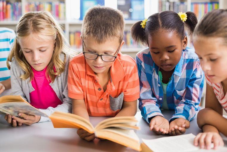 Cărțile în limba engleză – un real ajutor în dezvoltarea abilităților lingvistice ale copiilor