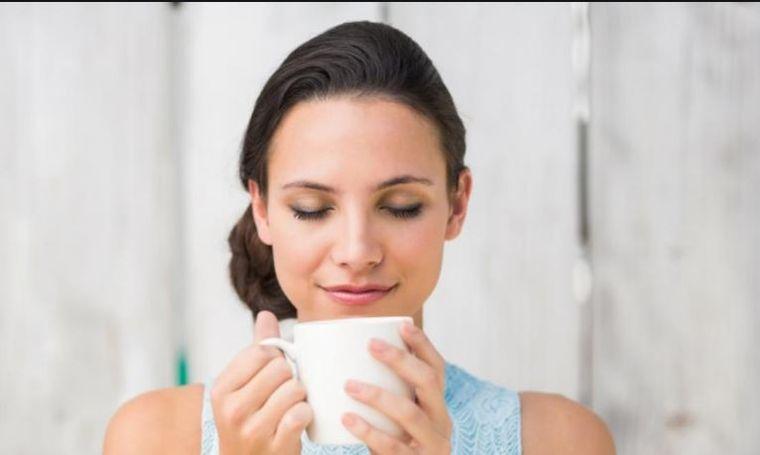 Te ajută ceaiurile să slăbeşti? Nutriţionistul răspunde la întrebarea de pe buzele tuturor!