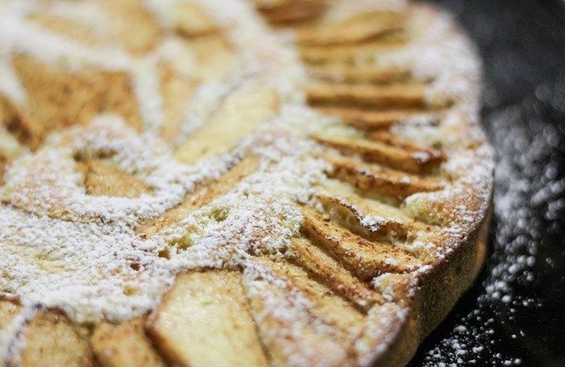 Rețetă de plăcintă cu brânză dulce ca la mama acasă. Mod de preparare plăcinta cu brânză dulce de vaci și stafide