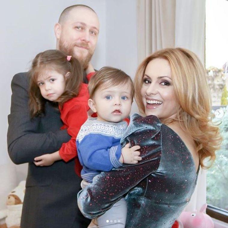 Simona Gherghe si copiii