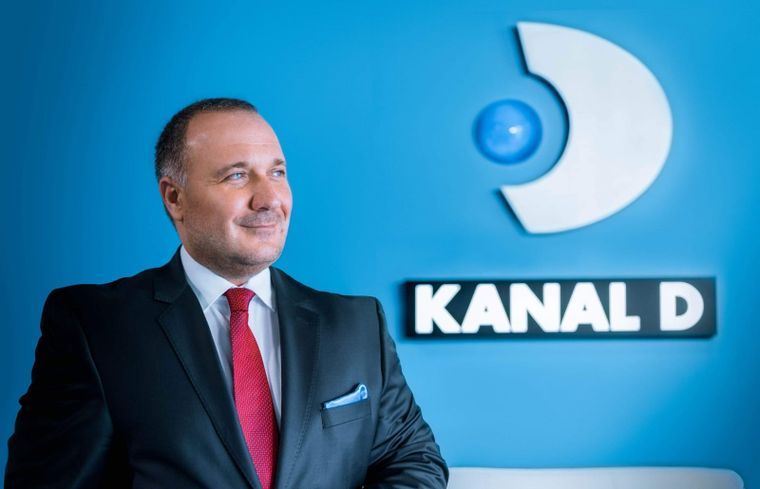 "Ugur Yesil, CEO Kanal D, si Fatih Salis, Director Stiri si Productii Interne Kanal D, premiati de publicatia ""Hayat"""