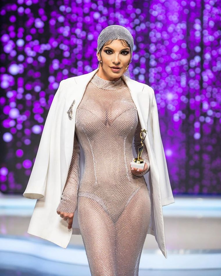 Andreea Tonciu a copiat-o pe Khloe Kardashian și a apelat la photoshop