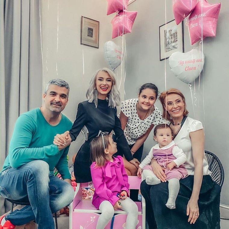 Andreea Bălan, imagini emoționante de la turta fiicei sale. Nu o să-ți vină să crezi ce obiecte a ales micuța Clara!