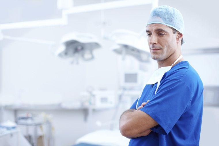 covid-19, simptom covid-19, medici, medicii francezi, simptomele covid-19
