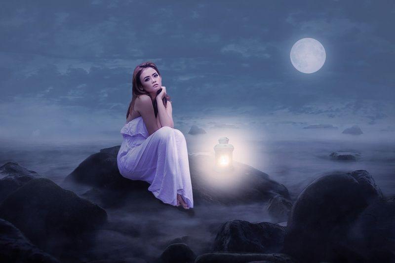 Luna plină în Balanță. Schimbări importante pentru două zodii