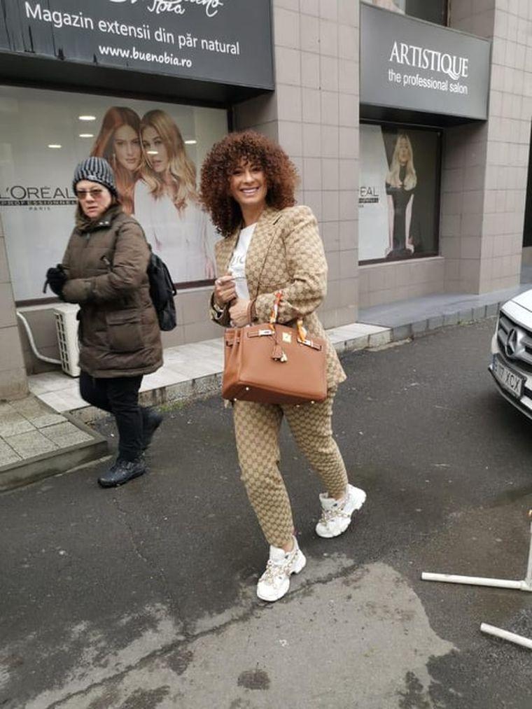 """Apariție șocantă a Prodancei pe stradă înainte de a pleca din țară de teama coronavirusului! A mers la shopping  îmbrăcată într-o ținută de """"doar"""" 24.000 de euro!  Avem imagini"""