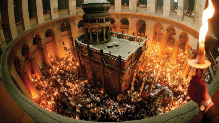 Sâmbăta Mare! Tradiții și obiceiuri românești de Sâmbăta Mare, pregătirea Învierii! Rugăciunea zilei face minuni