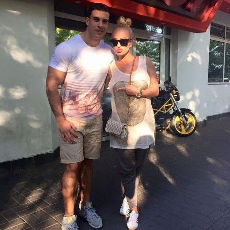 Veste uriașă în familia Andei Adam! Cumnata australiancă a Faimoasei de la Exatlon e însărcinată! Soția fratelui Andei e fotomodel!
