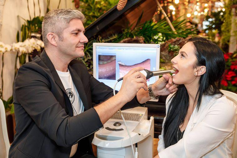 Ce înseamnă când ai gust metalic în gură? Explicația medicului stomatolog Adrian Mina!