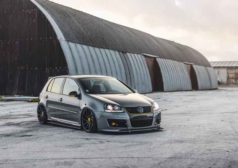 Ce piese auto Volkswagen poti gasi intr-un magazin online?