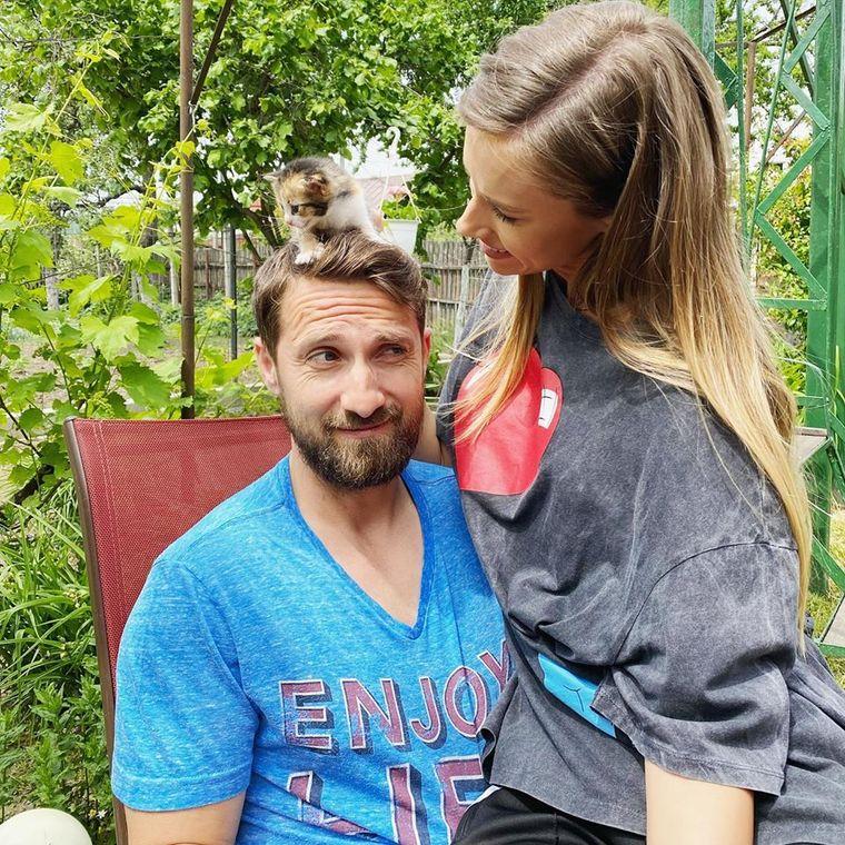 Dani Oțil și Gabriela Prisăcariu s-au căsătorit în secret? Cum s-a dat de gol prezentatorul TV