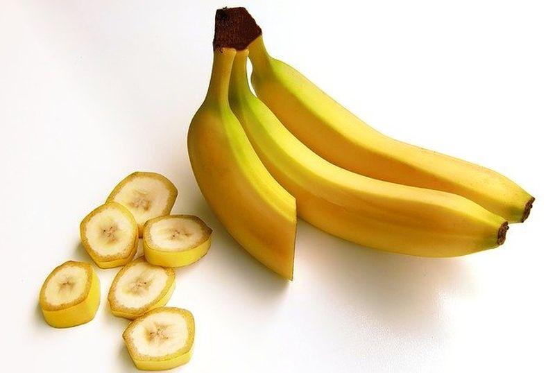masca-de-fata-avocado-banana-ulei-masline