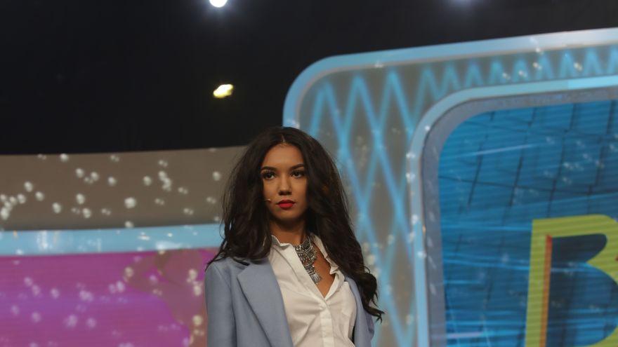 """Maurice Munteanu i-a dat o lectie de stil Larisei! Cum ar fi trebuit sa se imbrace concurenta pentru Milano Fashion Week: """"Se propun ratiuni estetice destul de povocatoare"""""""