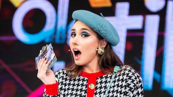 """S-a dat de gol """"Nadina Cartelista"""" de la """"Bravo, ai stil!"""". Tanara raspunde intr-un mod inedit acuzatiilor ca s-ar vota singura!""""M-am dat de gol, Ilinca! Mi-au cazut cartelele din geanta!"""""""