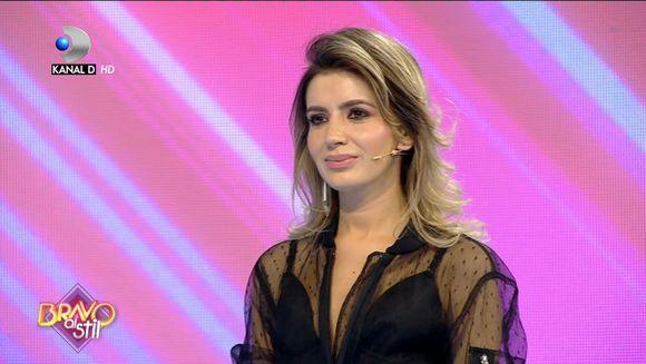 Elena a enumerat pe rand toate fetele care au stilisti: ''De departe cea ma buna tinuta''