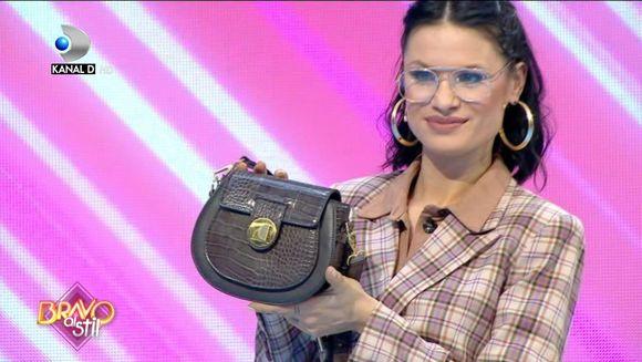 Schimbare de look pentru Irina! Concurenta a venit blonda in emisiune! Ce au spus juratii cand au vazut-o!