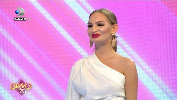 ''O poti purta oriunde in afara competitiei'' Ce comentarii au primit Cristina Zlotii din partea juratilor