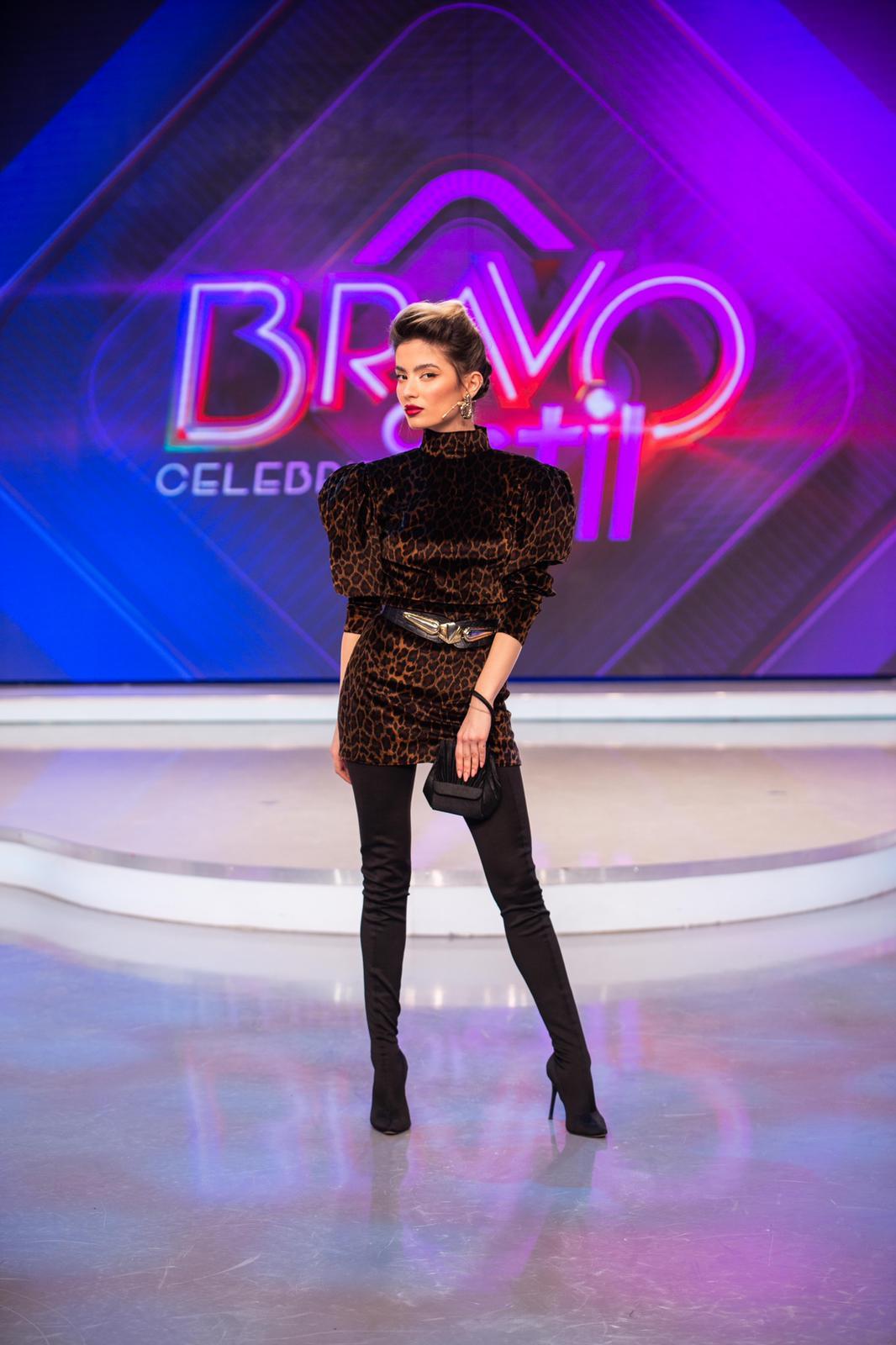 Calina Dumitrescu Bravo ai stil!