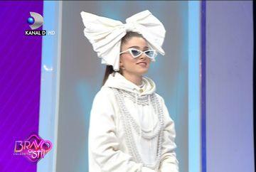 Theo Rose a decis! Acesta este stilul ei! Maurice Munteanu a dat-o de gol: ''Stilista de videoclipuri''
