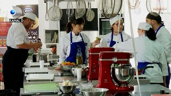 Bucataria de lux, afacere de succes! Caviar, foie gras, carne de crocodil sau de vita japoneza de o mie de euro kilogramul - sunt meniurile de lux la mare cautare in restaurantele exclusiviste de pe la noi! Pentru ei, vin la Bucuresti chefi renumiti din t