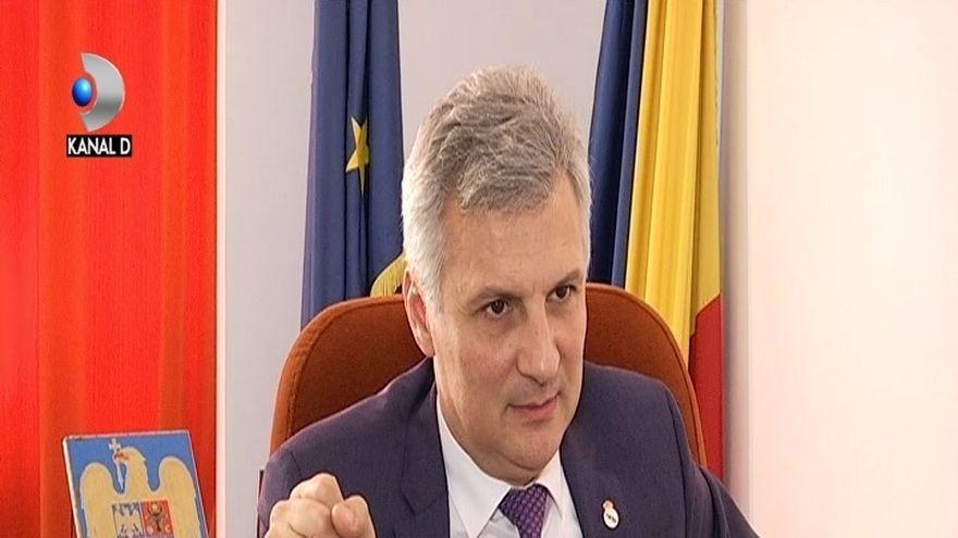 """Sambata, de la ora 17:15, la """"Asta-i Romania!"""" Pericolul creditelor la superoferta! Creditul pe repede inainte, capcana in care pica zilnic mii de romani!"""