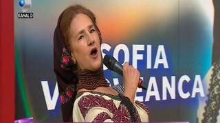 Sofia Vicoveanca, locuieste de 38 de ani intr-un bloc cu risc seismic, insa nu vrea sa se mute! Iata de ce nu ar renunta la acea locuinta si ce alte detalii a mai dezvaluit artista!
