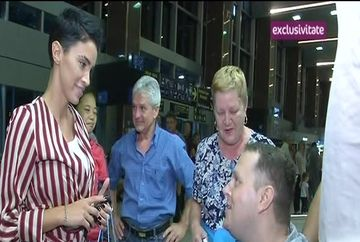 Razvan Iordache a reusit sa-si miste picioarele, dupa 20 de ani in care a fost imobilizat intr-un scaun cu rotile! Iata cum se simte tanarul dupa operatia din Thailanda! Vezi ce surpriza imensa i-a facut Adelina Pestritu lui Razvan, la aeroport!