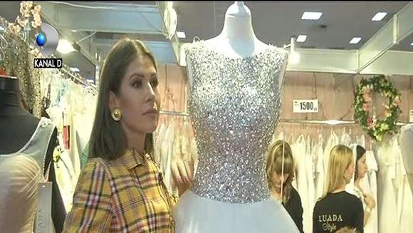 Cristina Mihaela se pregateste de nunta? Iata ce preferinte are vedeta in materie de rochii de mireasa si cum si-ar dori sa arate tortul pentru marele eveniment la care viseaza!