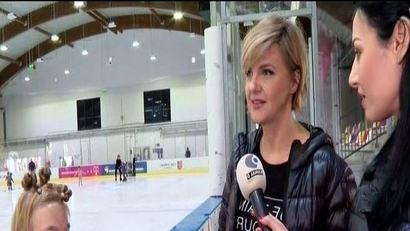 Silvia Ionita, emotii pentru primul concurs de patinaj al fiicei ei