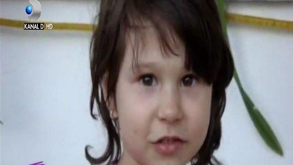 Imagini nemaivazute cu Maia, fiica lui Teo Trandafir, de cand aceasta avea patru ani!