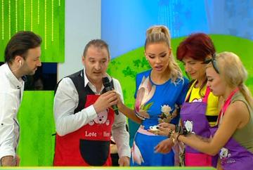 """Bianca Dragusanu a lansat o provocare culinara inedita! Iata care au fost cuplurile care s-au intrecut in realizarea celui mai bun sandwich cu ton si care dintre perechi ar putea concura cu brio in cadrul emisiunii """"Cine-i Chefu'?"""""""