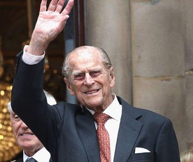 Prinţul Philip împlineşte 100 de ani
