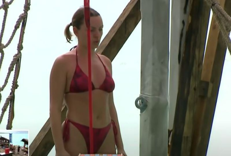 Alexandra Stan, ipostaze sexy la Survivor