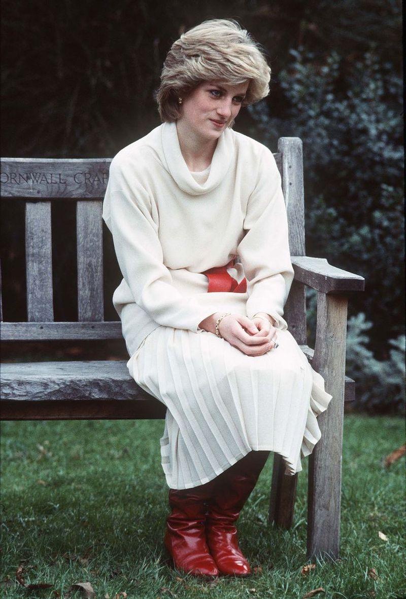filmul biografic în care Kristen Stewart o interpretează pe Prințesa Diana