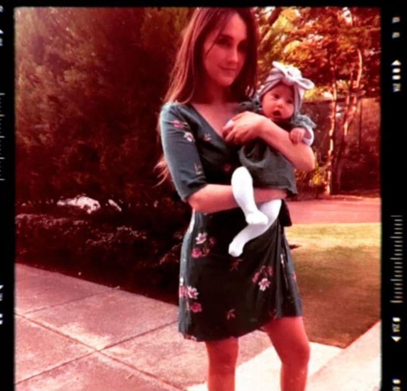 Dulce Maria din trupa RBD a publicat prima fotografie cu fetița ei