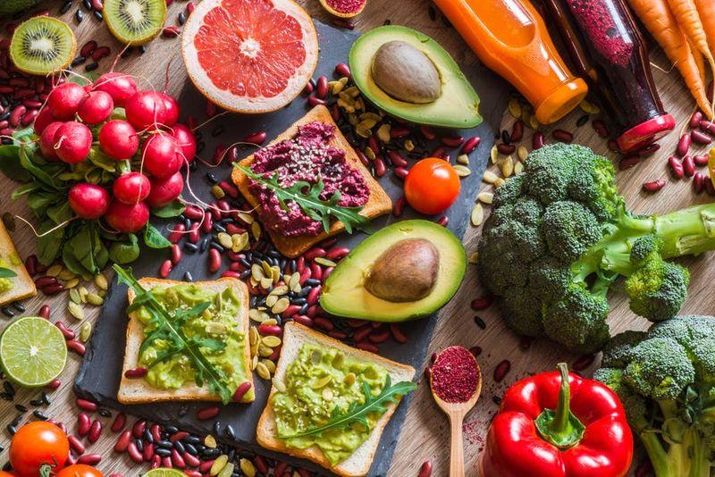 Care sunt, de fapt, diferențele dintre vegan și vegetarian