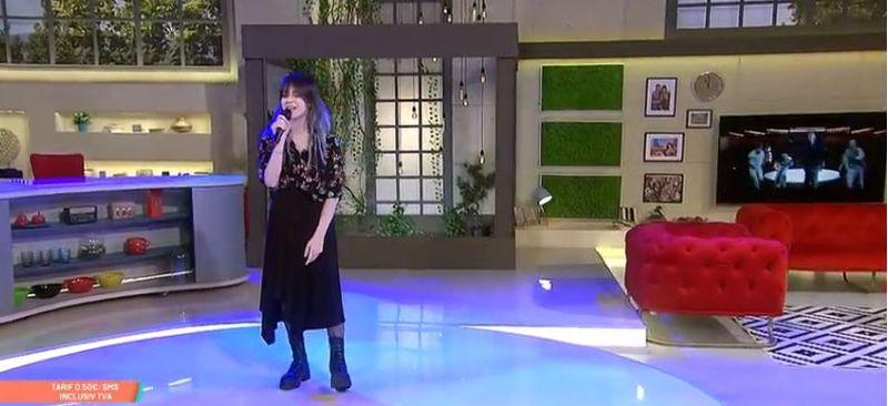 Roxen se visa de mică pe scena de la Eurovision