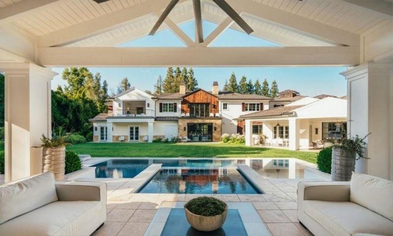 Casa lui The Weeknd din Hidden Hills